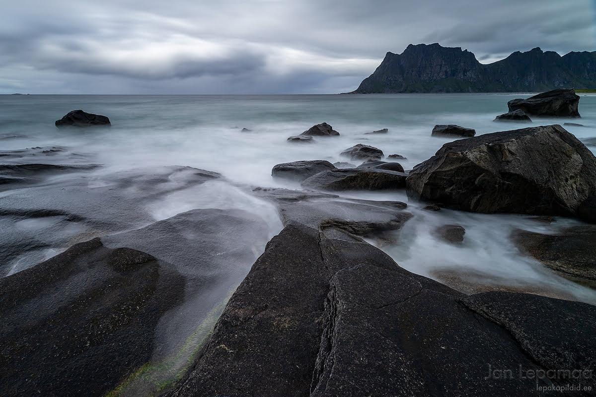 Uttakleivi kivine rand